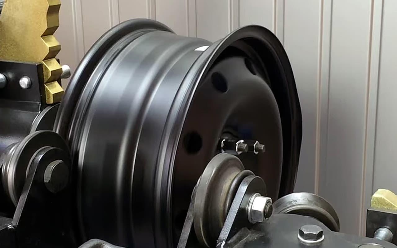 Прокатка стального штампованного диска